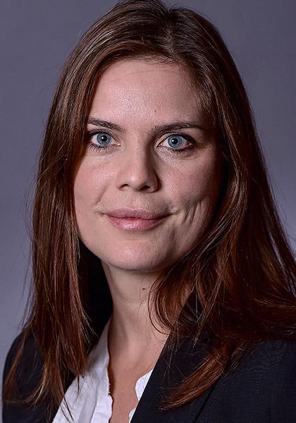 Kathrin Schirmer, Immobilien- und Sondereigentumsverwalter